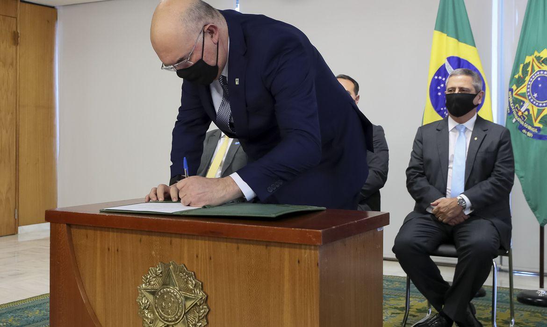 Milton Ribeiro tomou posse como ministro da Educação nessa quinta ...