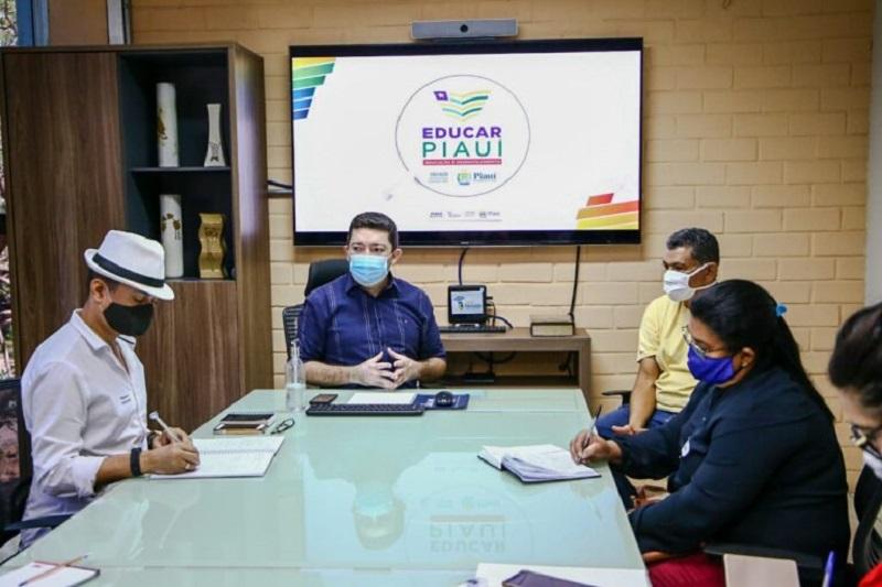 Na ocasião também foi apresentado o programa Educar Piauí